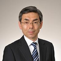 楢﨑 隆二